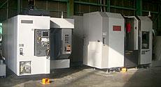 (左) ZV400 (右) NT4250/700C